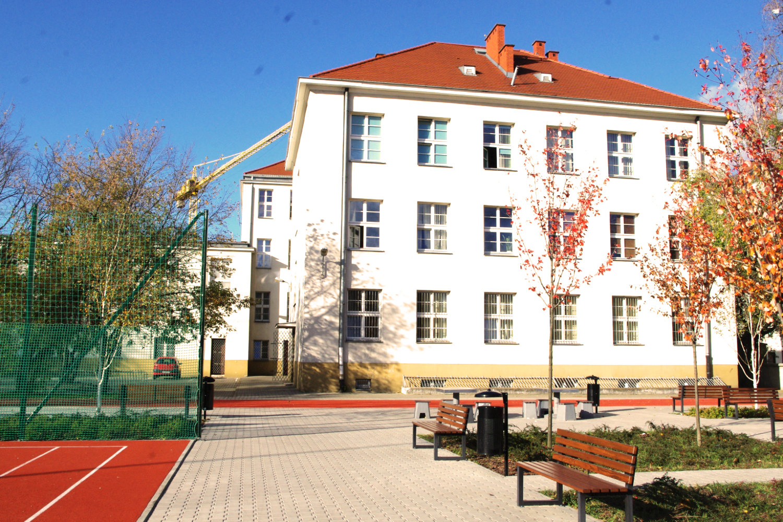 Uroczystośćrozpoczęcia nowego roku szkolnego 2020/2021